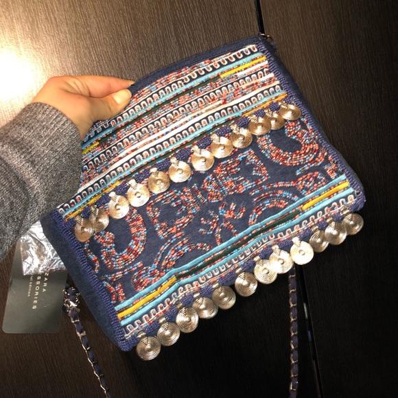 Zara Handbags - Brand New Zara crossbody bag!!